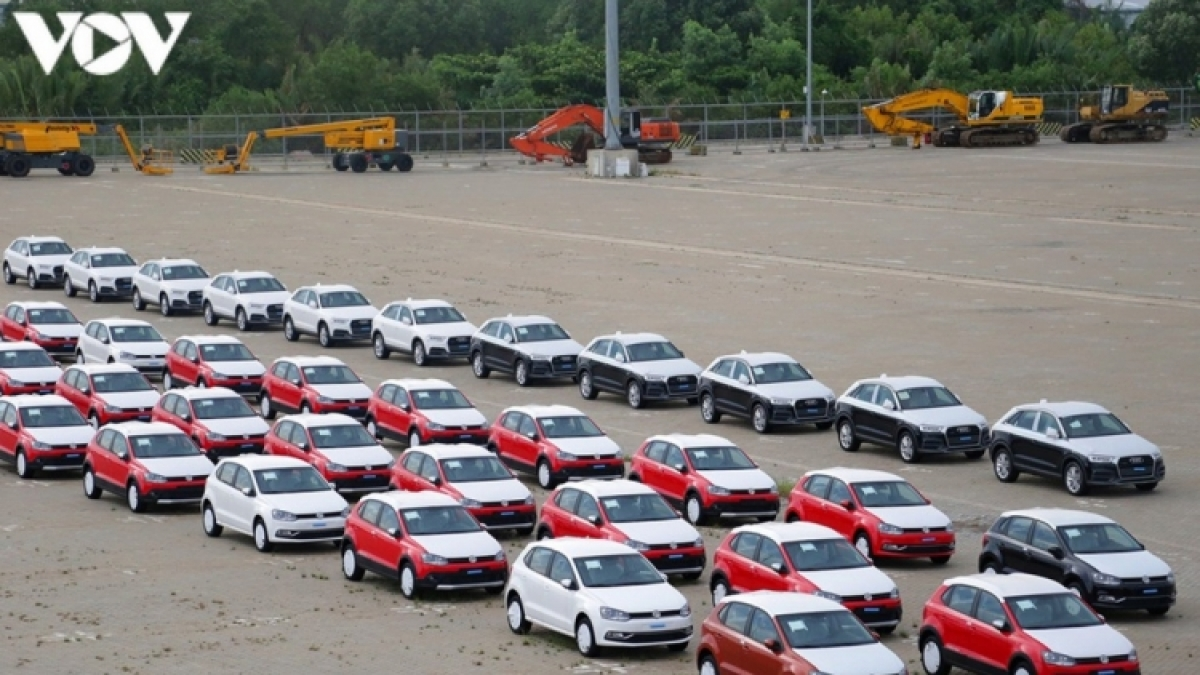 Vietnam sees car imports double over eight months amidst COVID-19 pandemic
