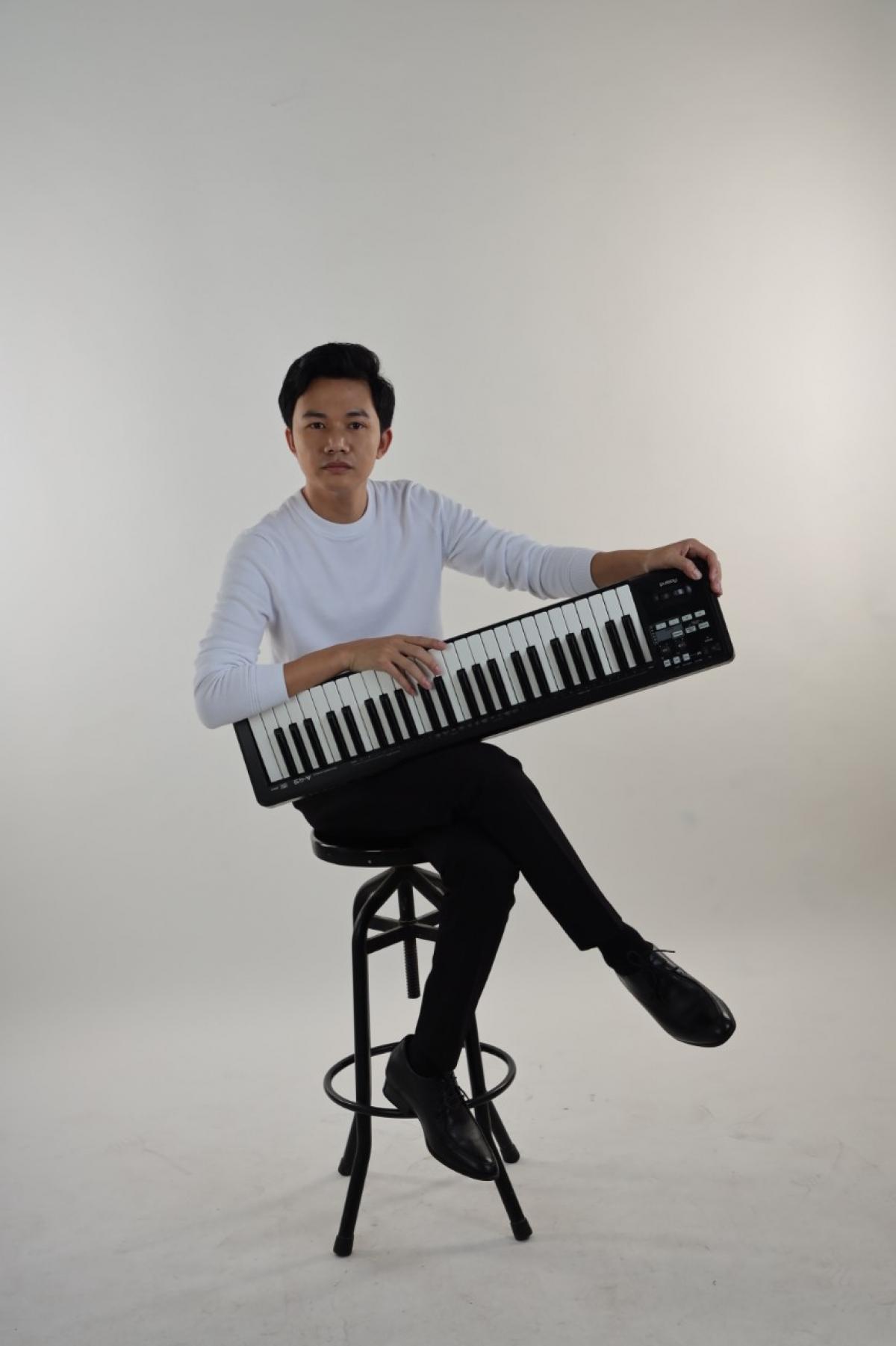 Nhạc sĩ Nguyễn Bá Hùng.