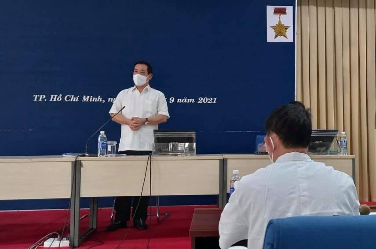 PGS.TS Lương Ngọc Khuê cho rằng, các bệnh viện phải luôn sẵn song tiếp nhận điều trị bệnh nhân COVID-19 theo phác đồ của Bộ Y tế.