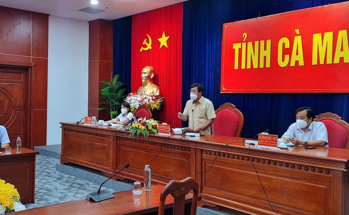 Ông Nguyễn Tiến Hải - Bí thư Tỉnh ủy Cà Mau phát biểu trong buổi họp phòng chống dịch Covid-19.