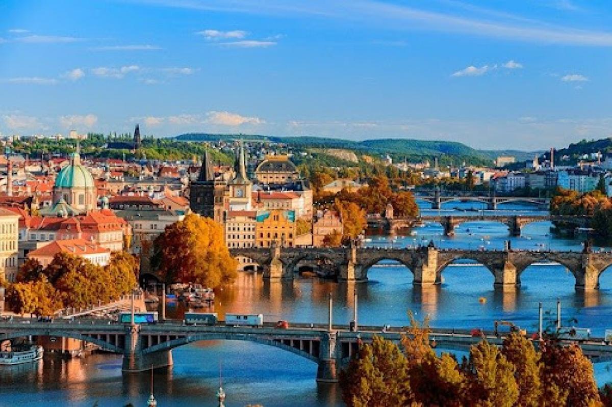 Những cây cầu nổi tiếng trên sông Vltava của Séc