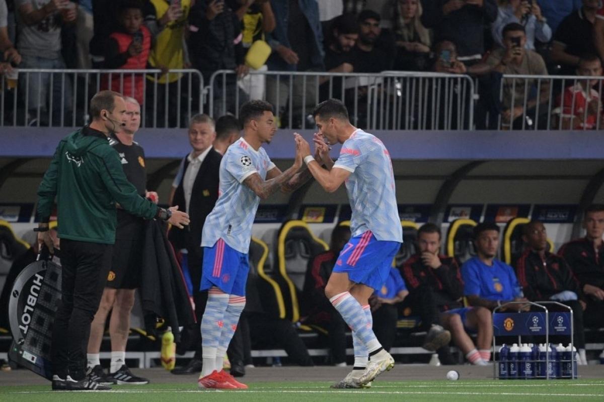 """Solskjaer giải thích lý do thay Ronaldo bằng """"tội đồ"""" Lingard"""