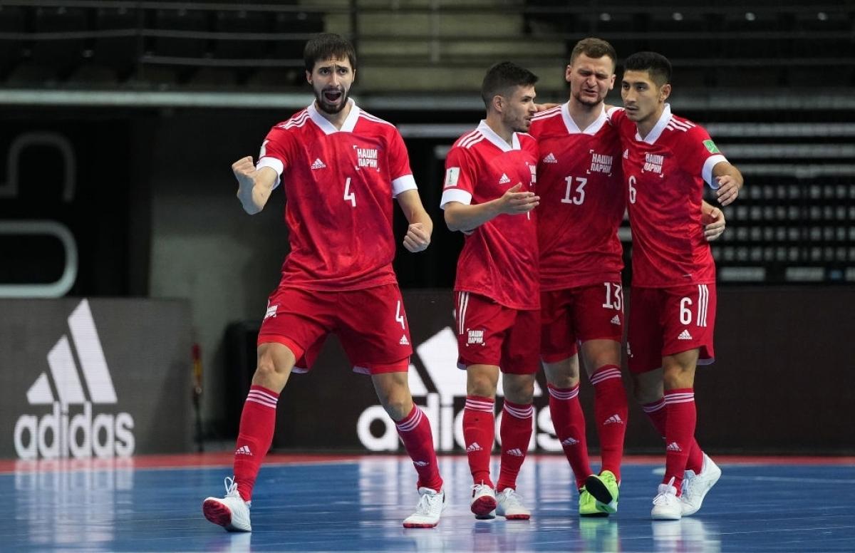 ĐT Futsal Nga đang thể hiện sức mạnh ở Futsal World Cup 2021. (Ảnh: Getty).