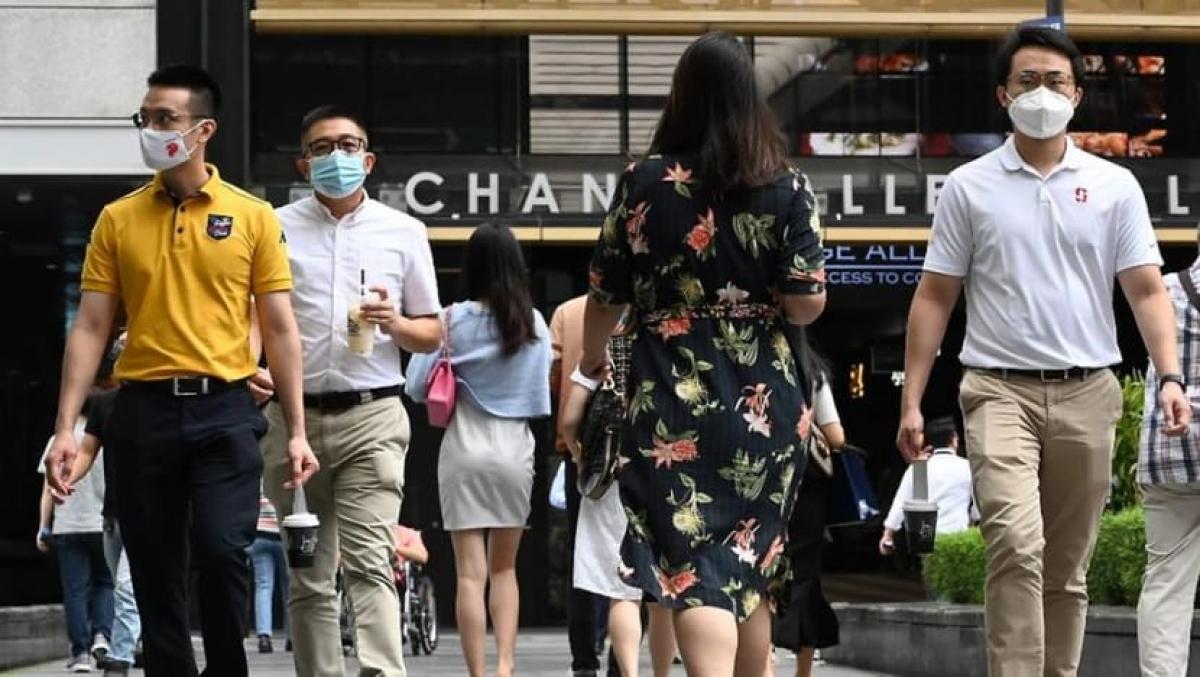 Singapore đang từng bước chuyển sang giai đoạn sống chung với Covid-19. Ảnh: AFP