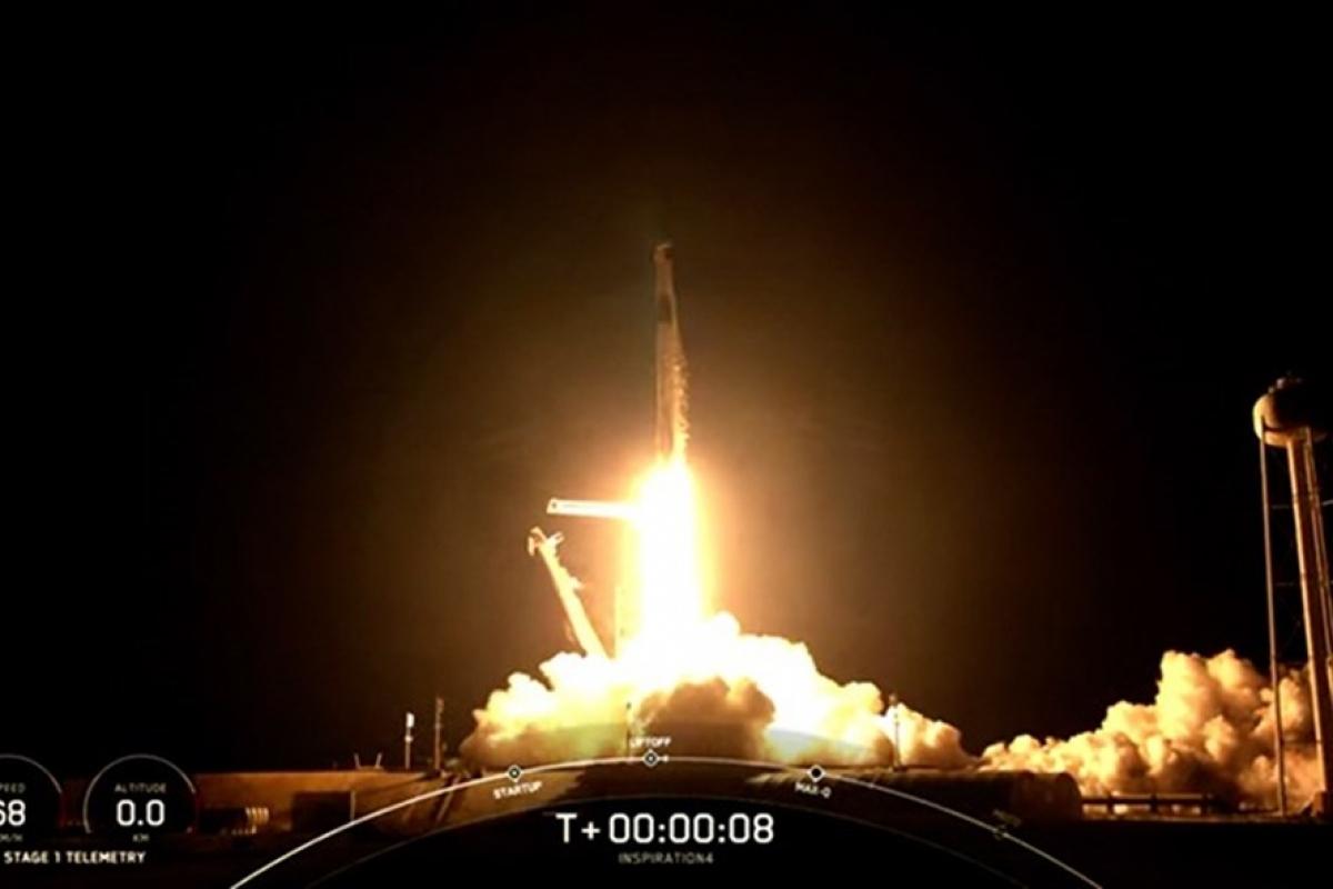 SpaceX phóng thành công tàu vũ trụ Crew Dragon đưa 4 phi hành gia dân sự vào quỹ đạo. Ảnh: SpaceX
