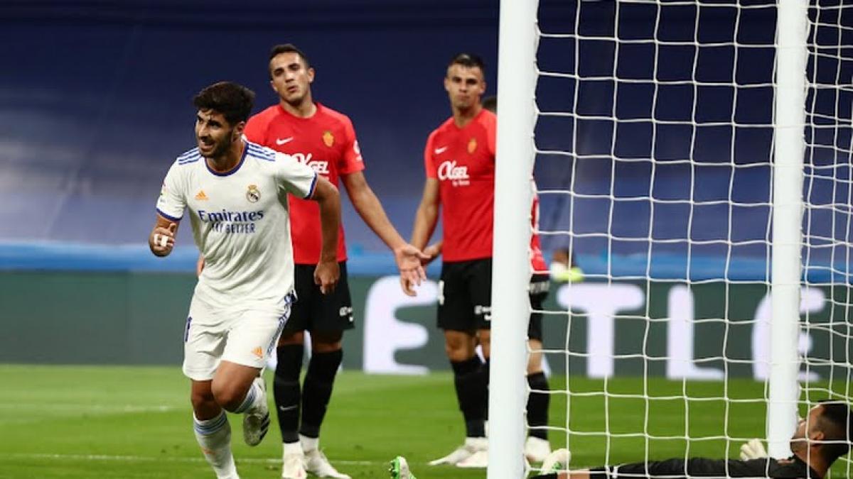 Asensio tỏa sáng rực rỡ với cú hat-trick (Ảnh: Reuters).