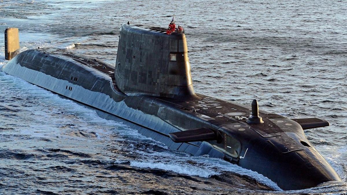 Tàu ngầm hạt nhân HMS Ambush lớp Astute của Hải quân Anh. (Ảnh: The Australian)