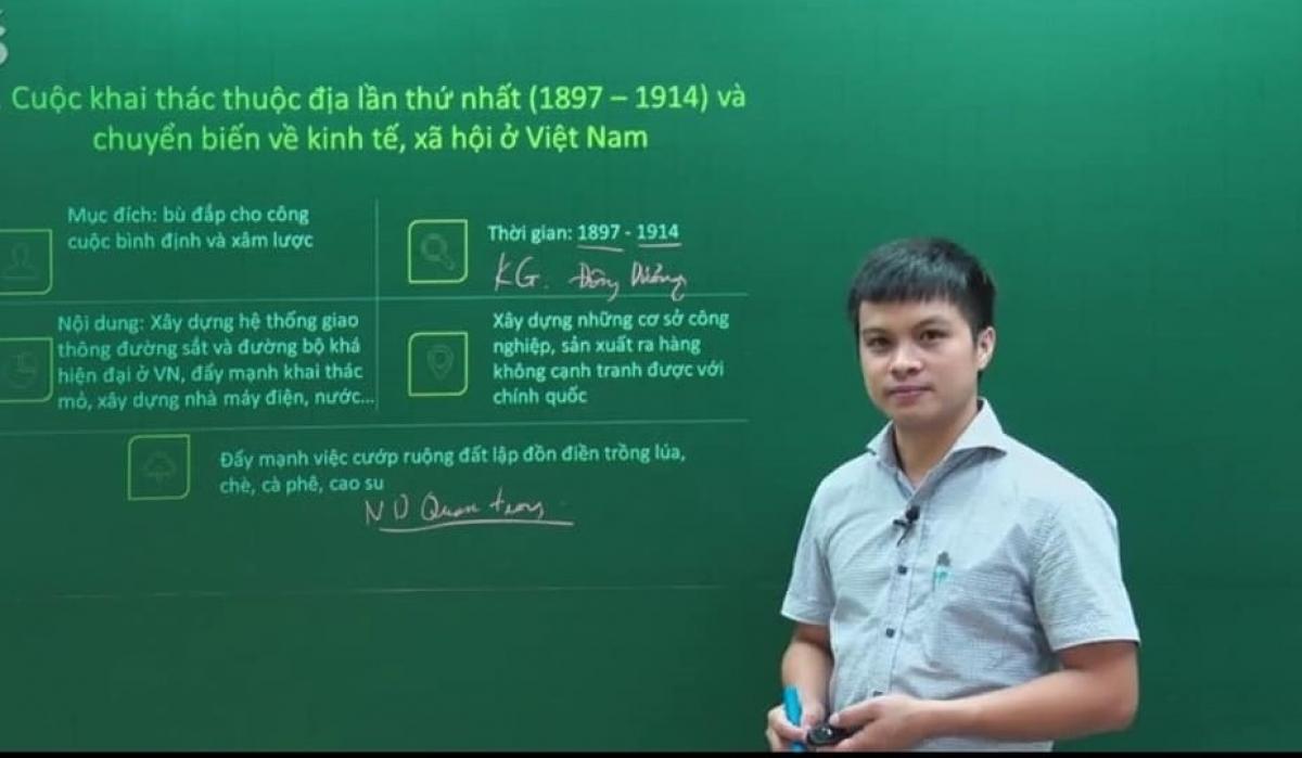 Thầy Hồ Như Hiển, giáo viên trường liên cấp Tiểu học-THCS-THPT Đông Bắc Ga (Thanh Hóa).