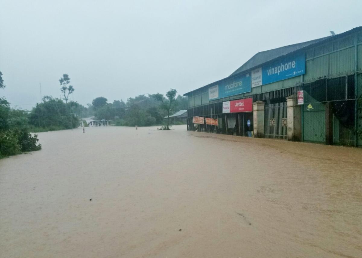Một điểm ngập tại xã Đăk Pxi, huyện Đăk Hà, tỉnh Kon Tum trong bão số 5.