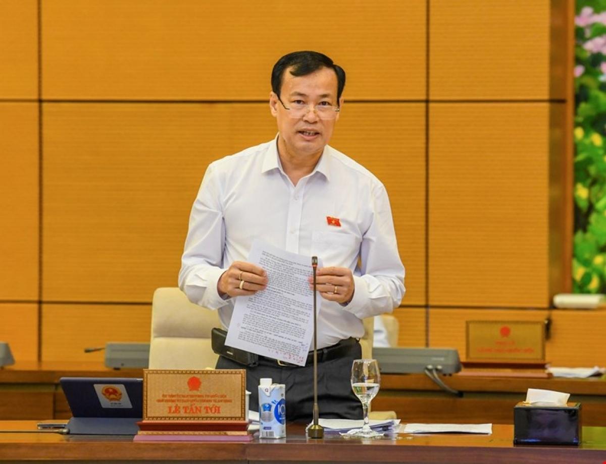 Thiếu tướng Lê Tấn Tới,Chủ nhiệm Ủy ban Quốc phòng và An ninh. (Ảnh: Trung tâm báo chí Quốc hội).