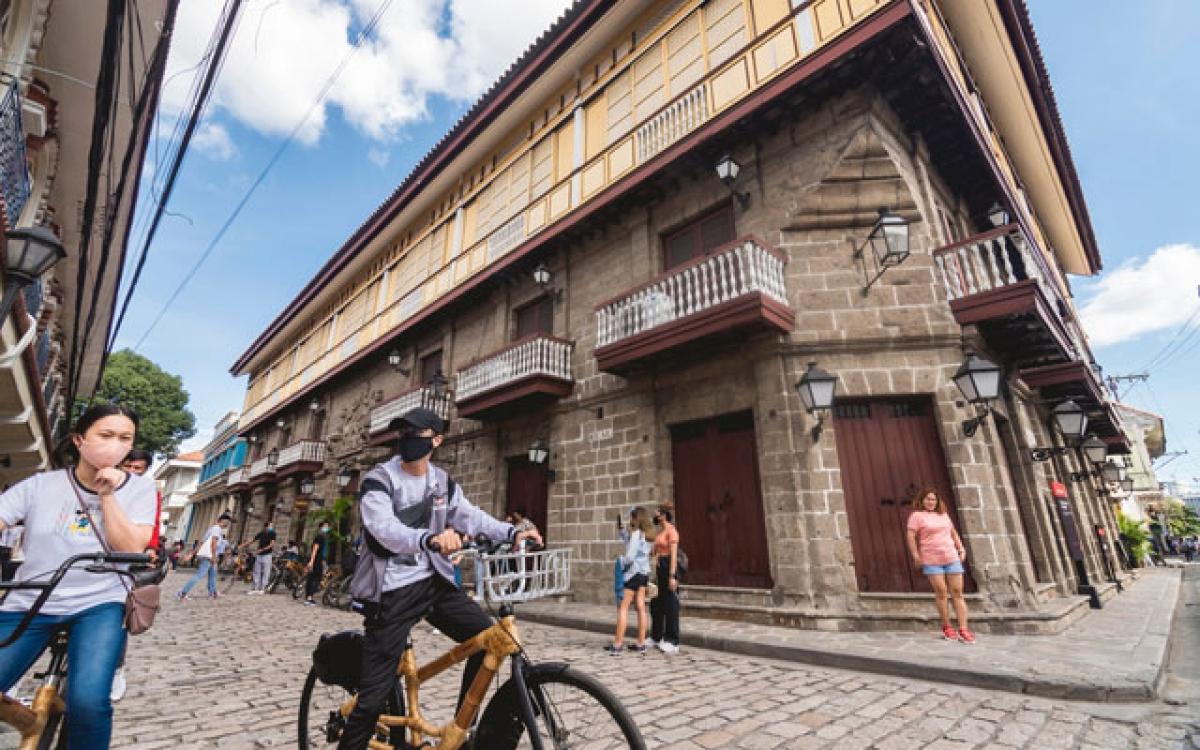 Du khách tham quan khu di tích Casa Manila, Philippines. Nguồn: TTG Asia