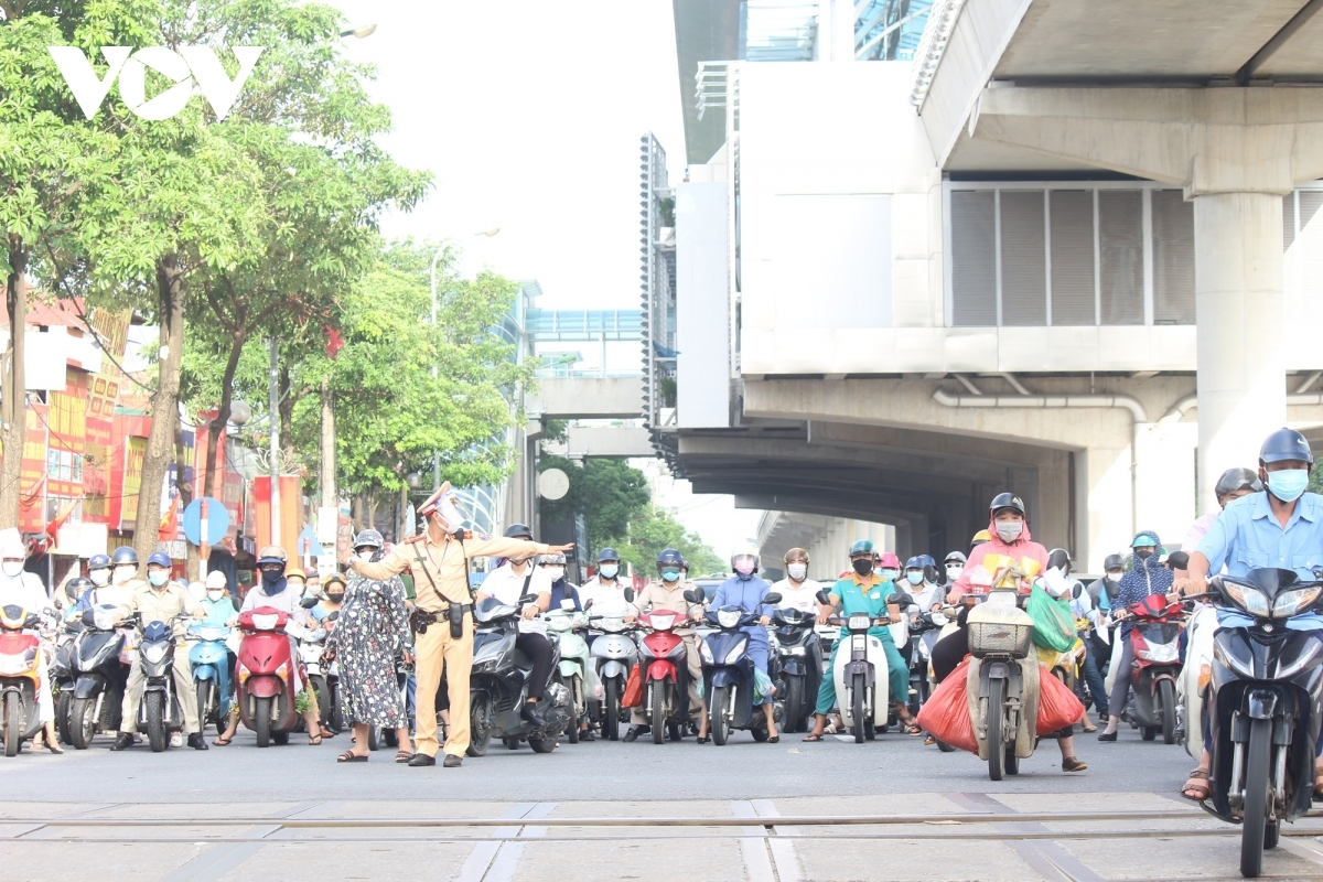 Policemen are busy from the early morning to check people, help ease traffic congestion, and make sure locals are not going out without a valid reason.