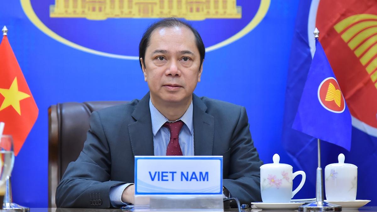 Thứ trưởng Bộ Ngoại giao Nguyễn Quốc Dũng chủ trì tham dự Hội nghị tham vấn chung ASEAN.