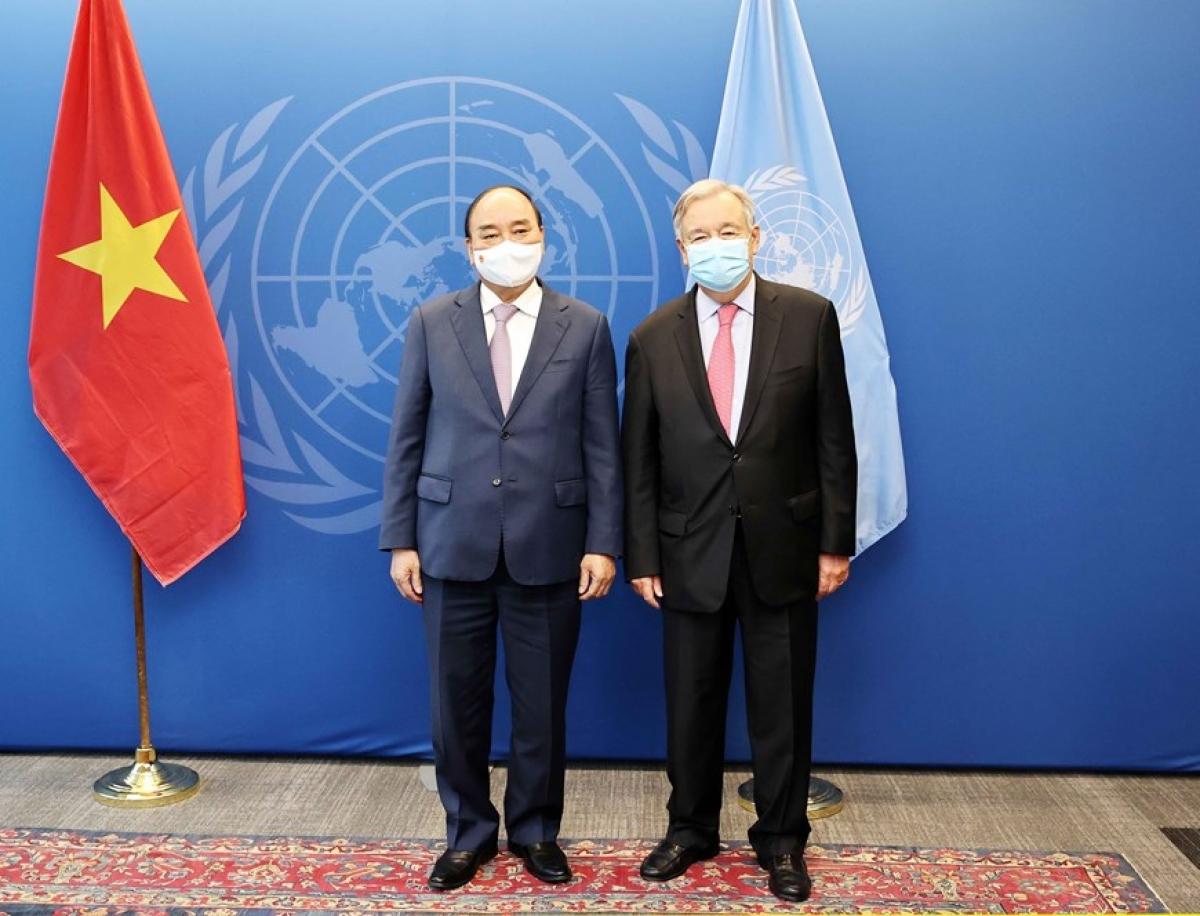 Chủ tịch nước Nguyễn Xuân Phúc hội kiến Tổng thư ký Liên hợp Quốc (Ảnh: TTXVN)