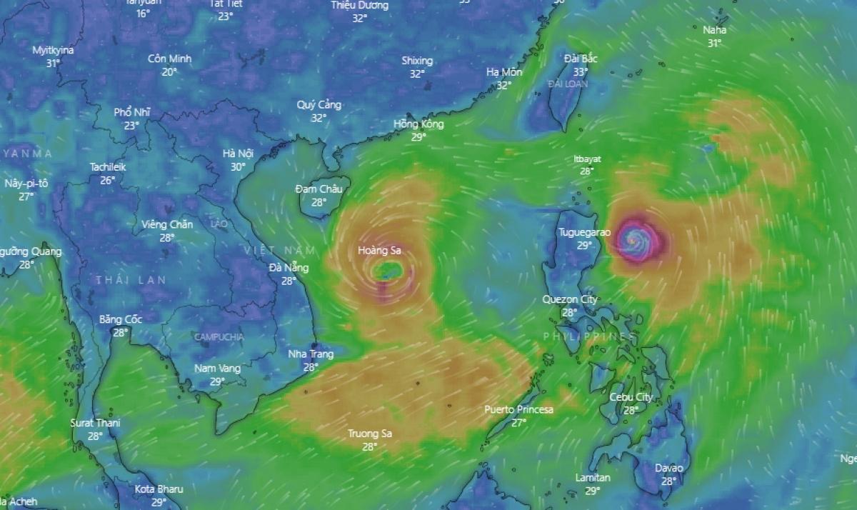 Bão số 5 đang hướng vào miền Trung gây mưa lớn cho khu vực này.