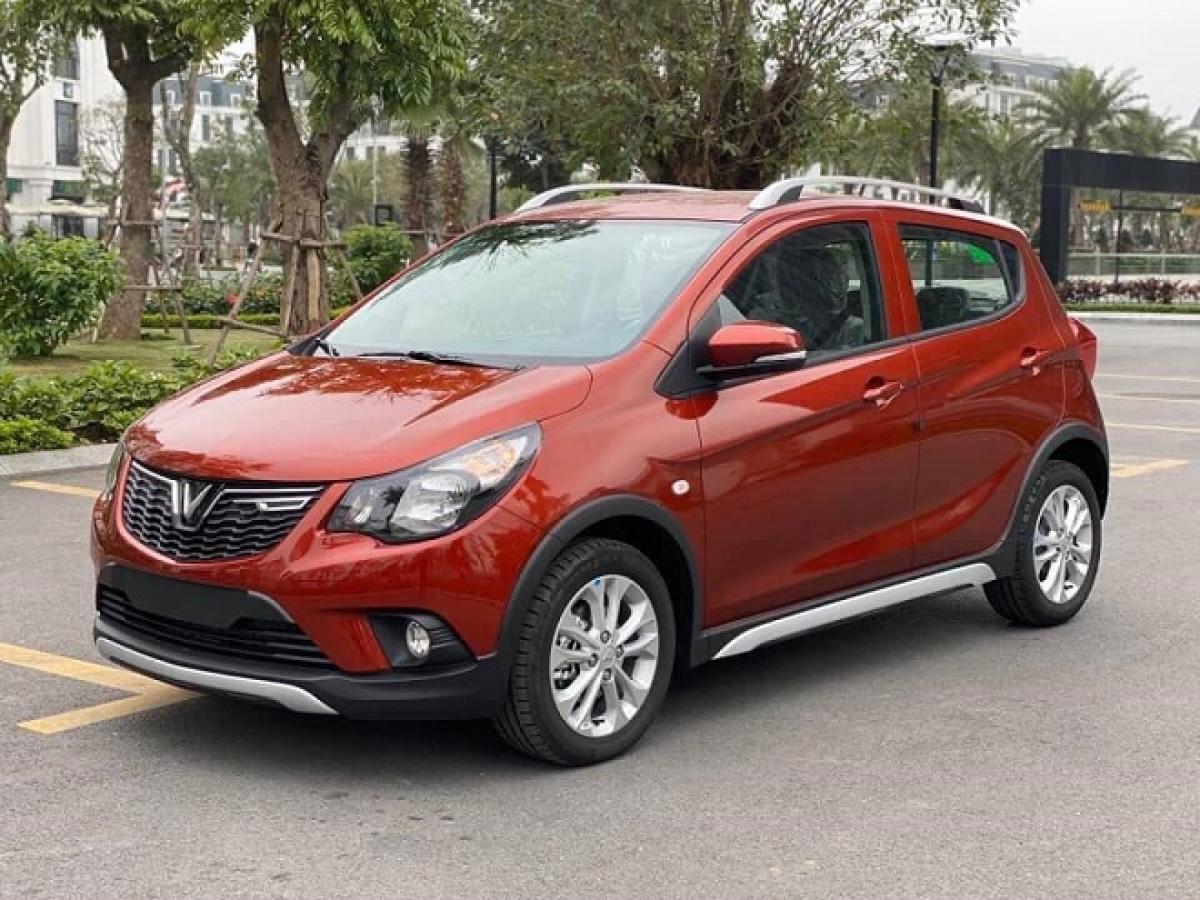 Dù thị trường ô tô tháng 8/2021 giảm sâu, VinFast Fadil vẫn có kết quả bán hàng ấn tượng.