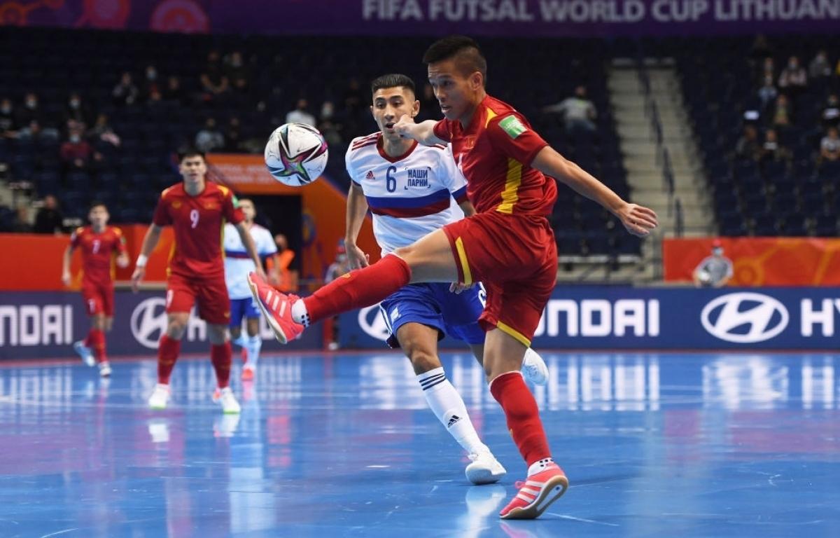 ĐT Futsal Việt Nam đang phòng ngự rất tốt. (Ảnh: Getty).