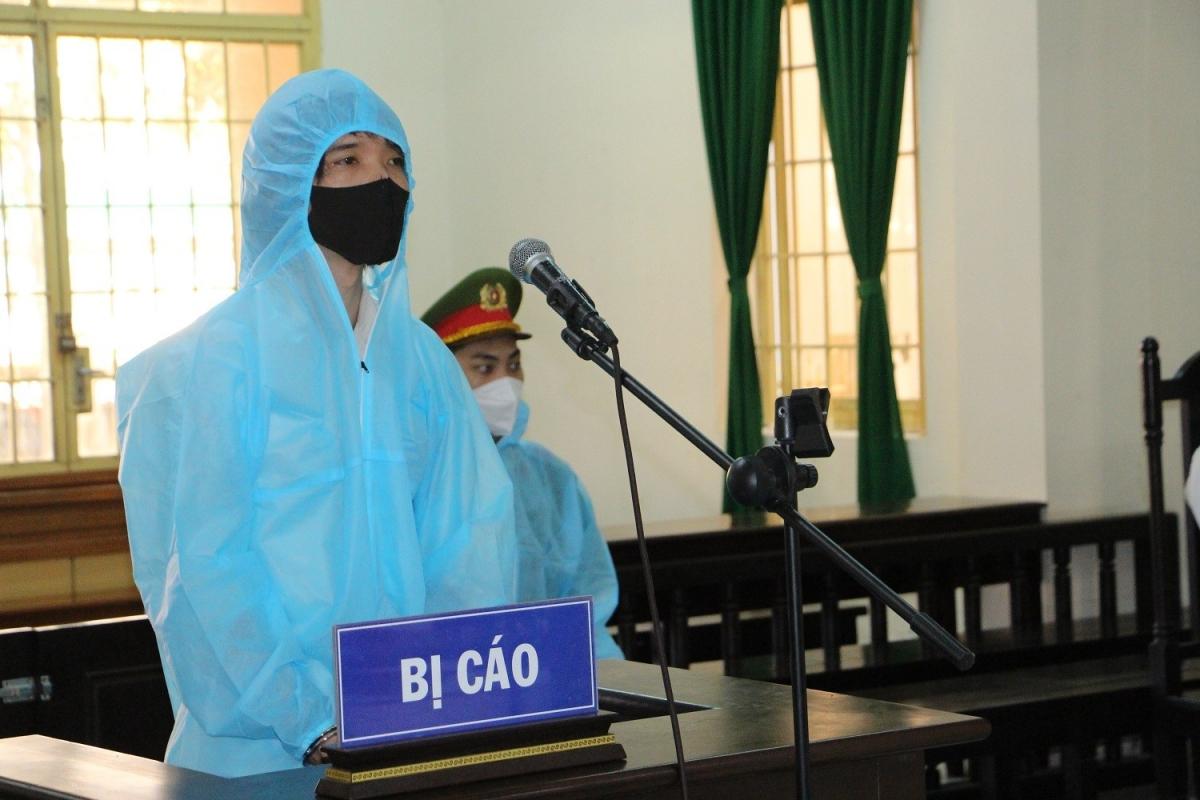 Bị cáo Nguyễn Hoàng Suốt tại tòa