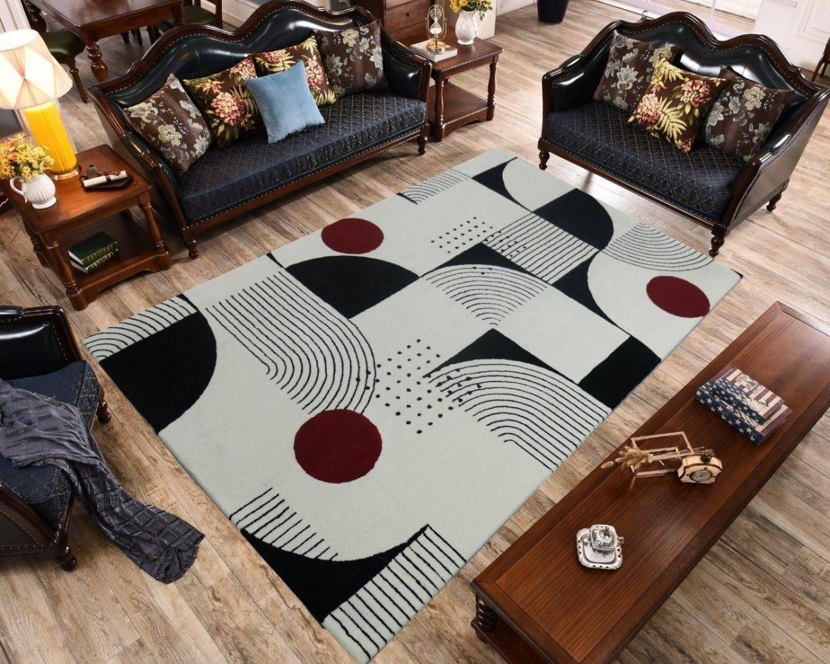 Thảm trải sàn rất hữu ích trong việc ngăn bụi và là một đồ vật trang trí tạo điểm nhấn trong nhà, chính vì vậy nhiều gia đình đã lựa chọn thảm ngày từ trong thiết kế của họ.
