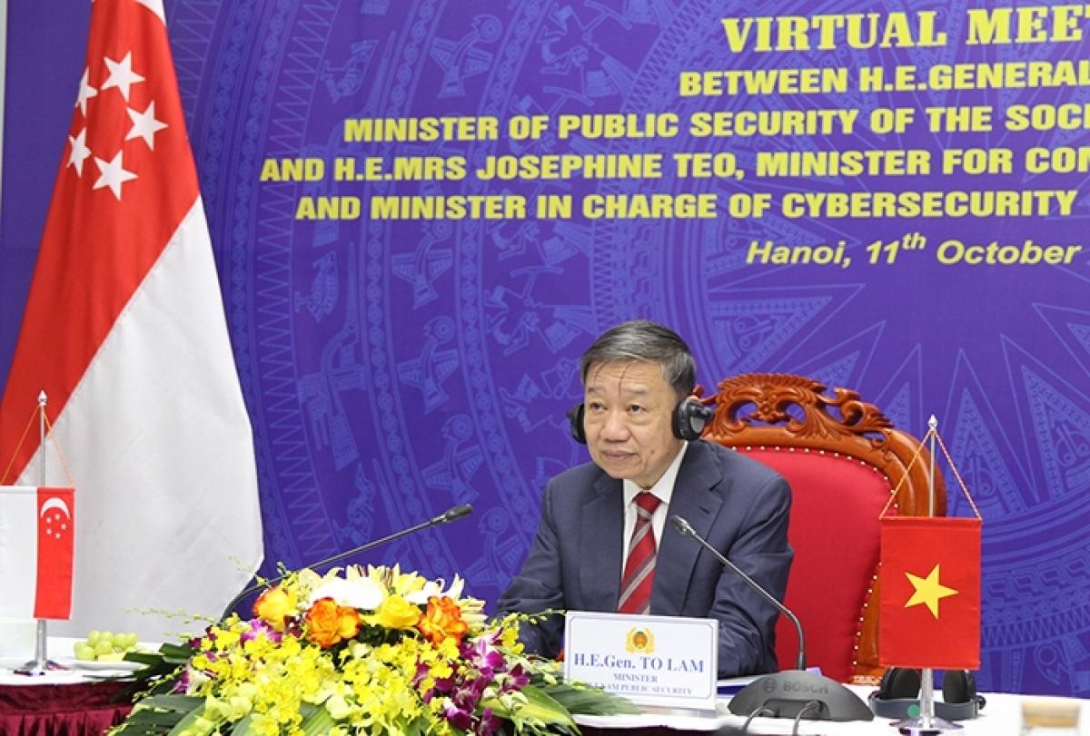 Bộ trưởng Tô Lâm tại cuộc họp.