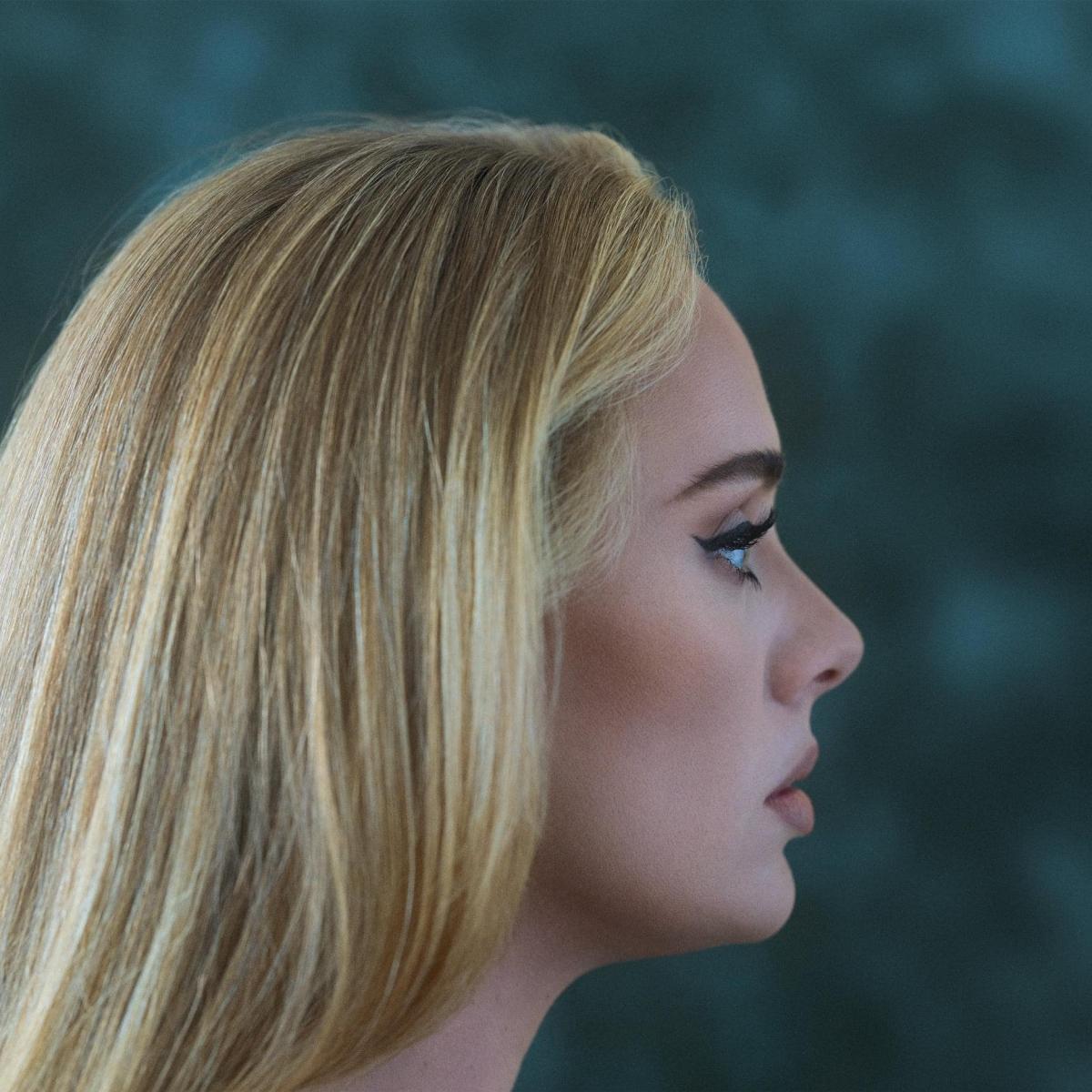 Adele thông báo phát hành album