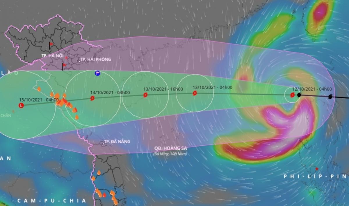 Kompasu is forecast to strike north-central Vietnam on October 14.