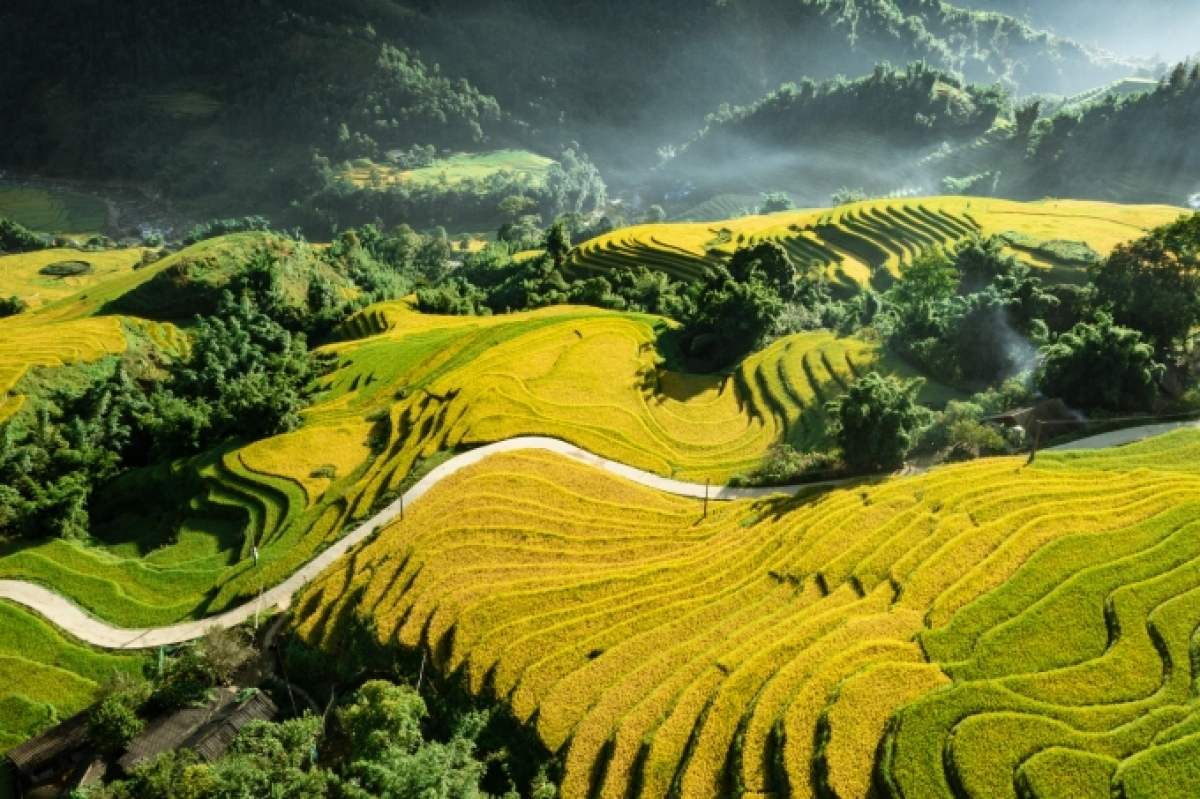 Vietnam is listed among top 30 destinations in Octoberby popular travel magazine Condé Nast Traveler. (Photo: Duong Quoc Hieu/Bao Dan Toc)