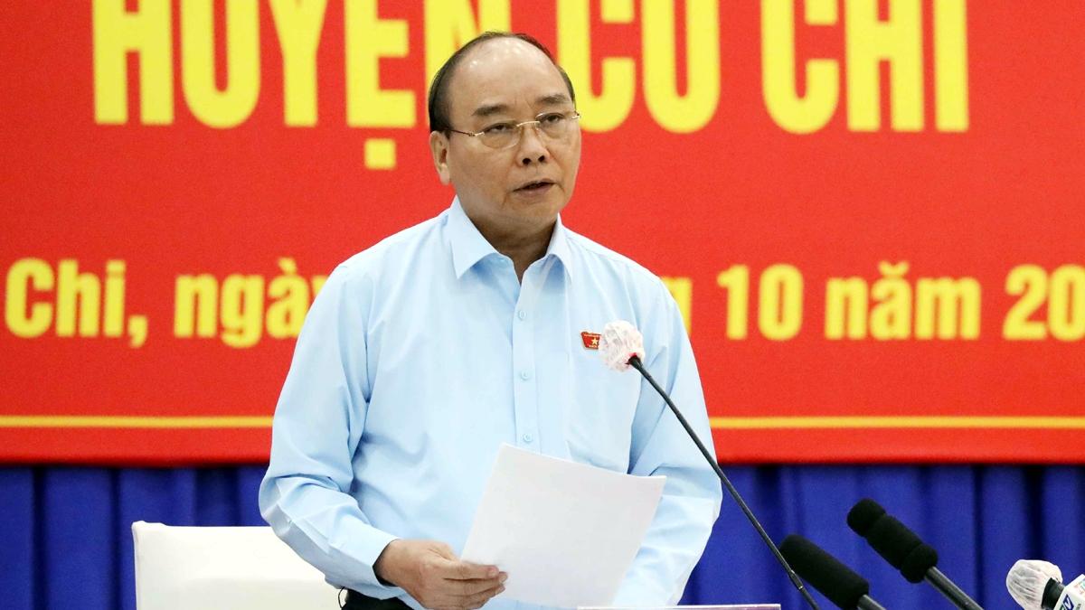 Chủ tịch nước Nguyễn Xuân Phúc cùng Tổ Đại biểu Quốc hội TP.HCM đơn vị số 10 tiếp xúc cử tri huyện Củ Chi và Hóc Môn.