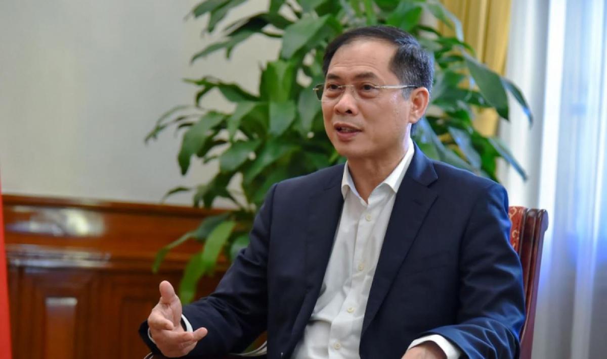 Bộ trưởng Ngoại giao Bùi Thanh Sơn nói về ngoại giao vaccine.