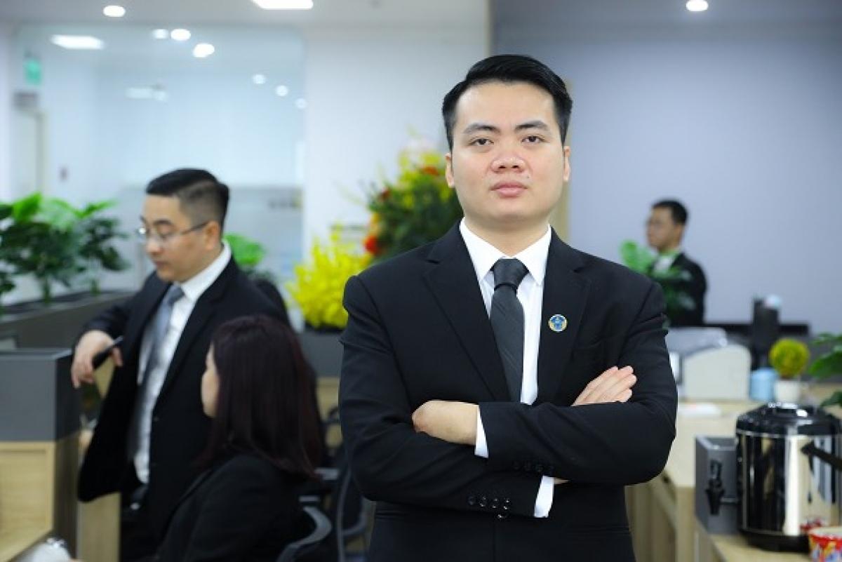 Luật sư Lê Vĩnh Thụy, Giám đốc Công ty luật Sen Vàng, đoàn Luật sư TP Hà Nội.