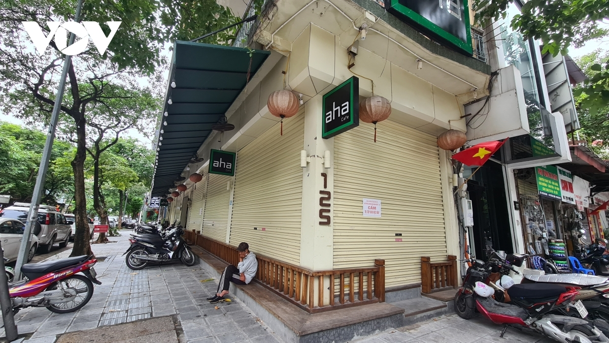 Some eateries remain closed as they aren't able to hire enough employees, particularly as students and migrant workers returned to their hometowns during the social distancing period.