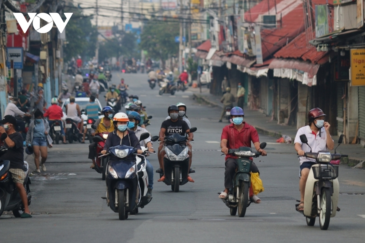 """The """"new normal"""" state seems to have spread to every corner of Ho Chi Minh City."""
