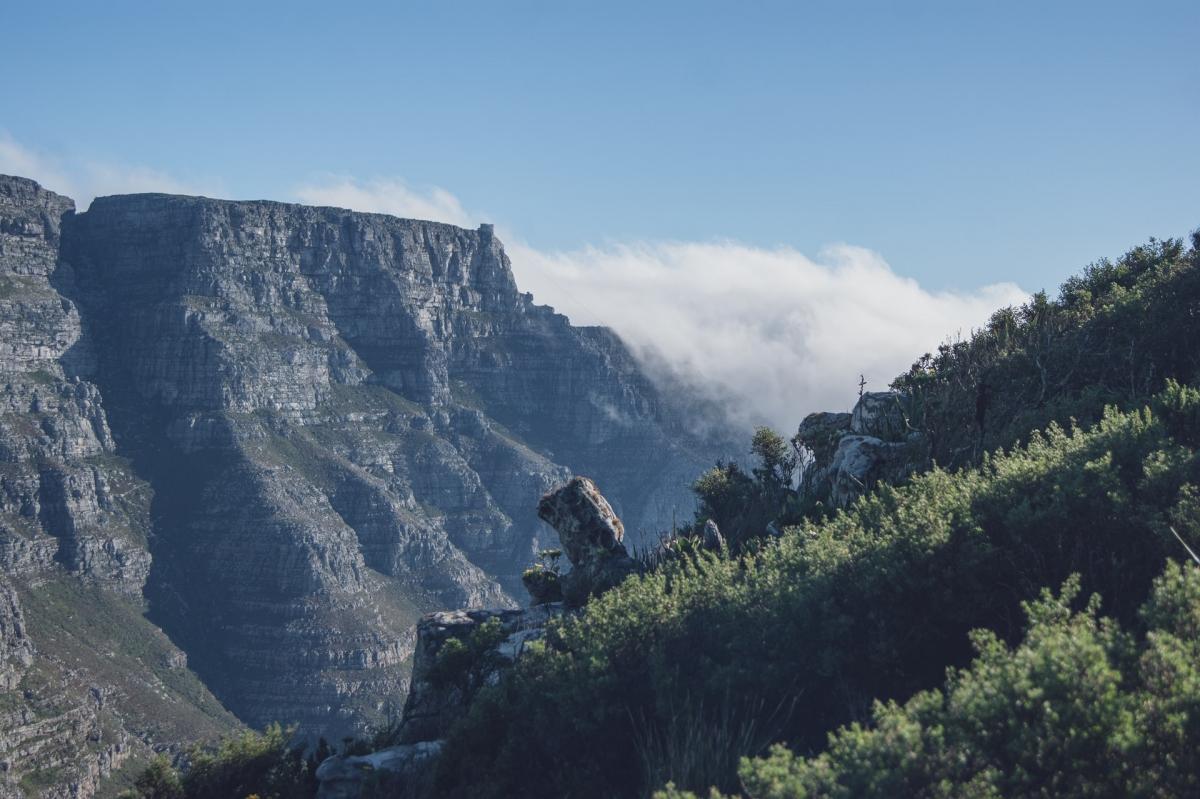 Đi qua Nam Phi, chúng ta sẽ được chiêm ngưỡng Núi Bàn với hình dáng độc đáo. Theo: Skratch World