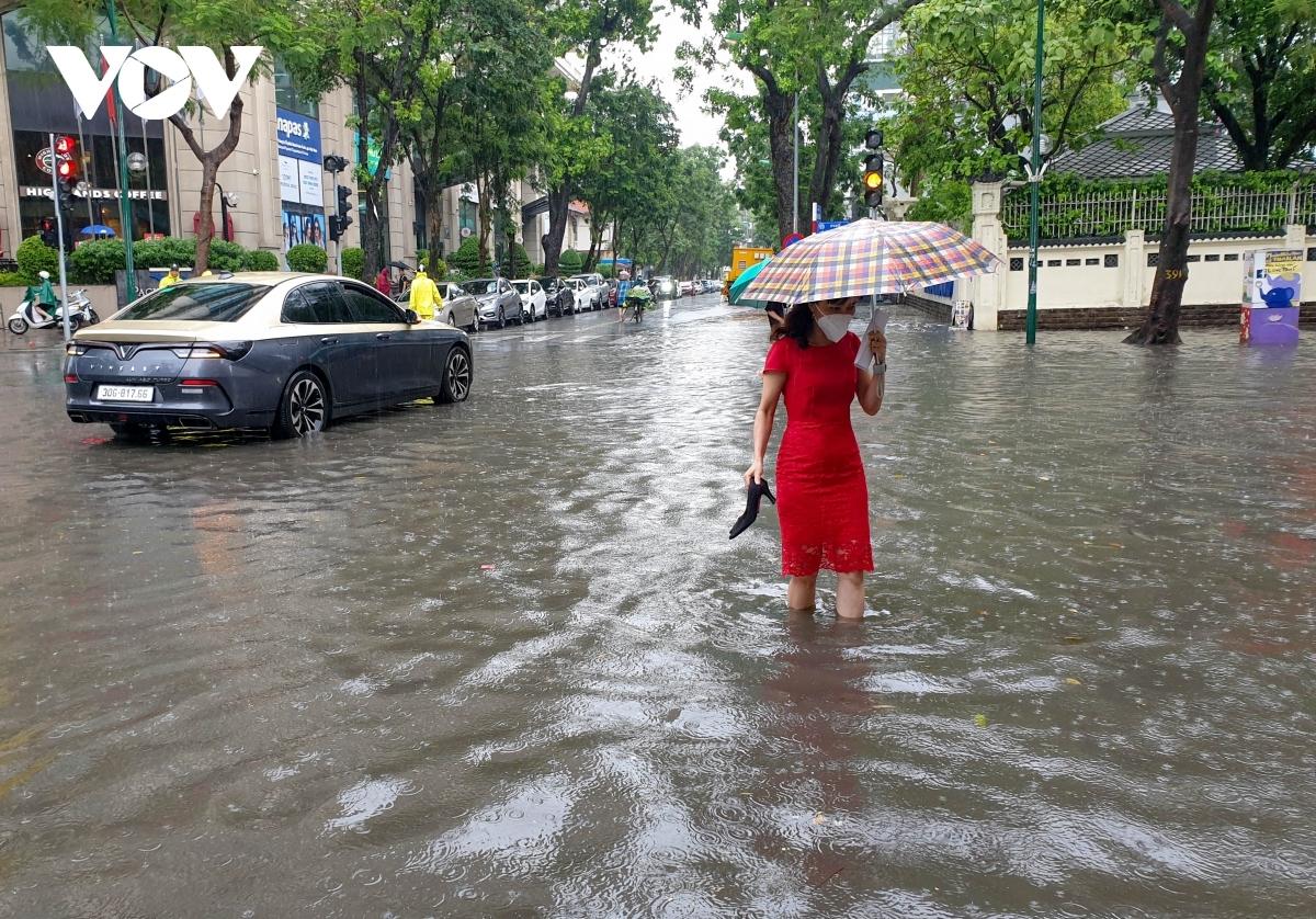 Khu vực Hà Nội và các tỉnh từ Thanh Hóa đến QuảngTrị sẽ có mưa to, có nơi mưa rất to trong những ngày tới.