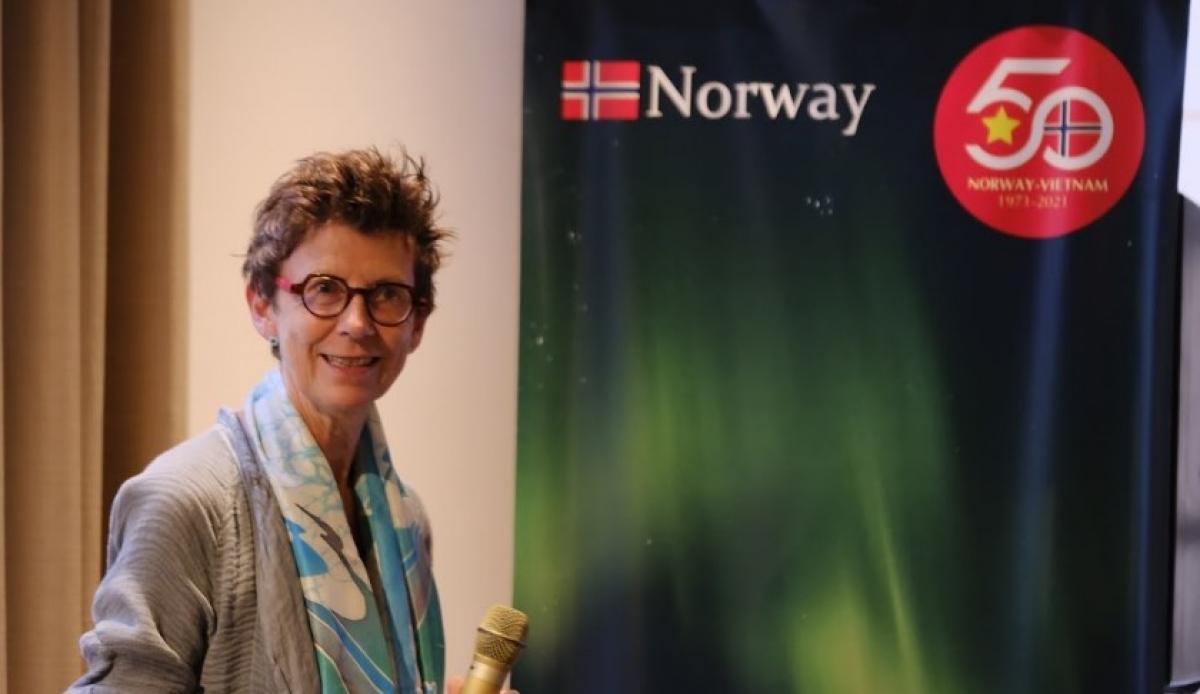 Grete Lochen, Norwegian Ambassador to Vietnam