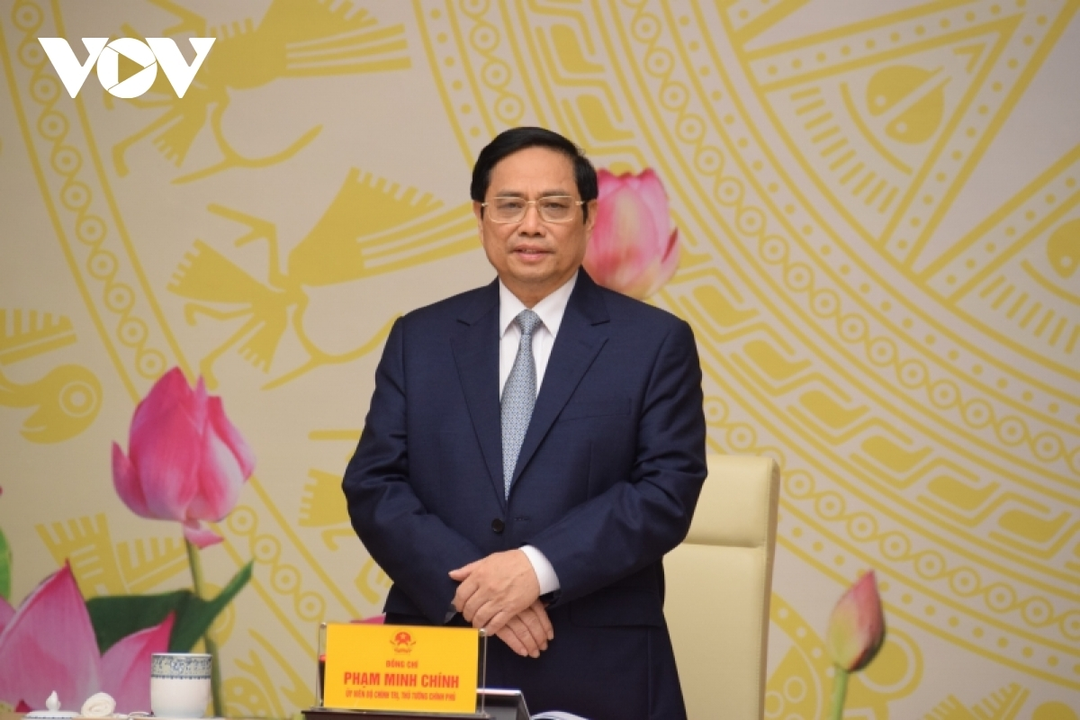 PM Pham Minh Chinh assures that the Government always accompanies and supports businesses to weather the COVID-19.
