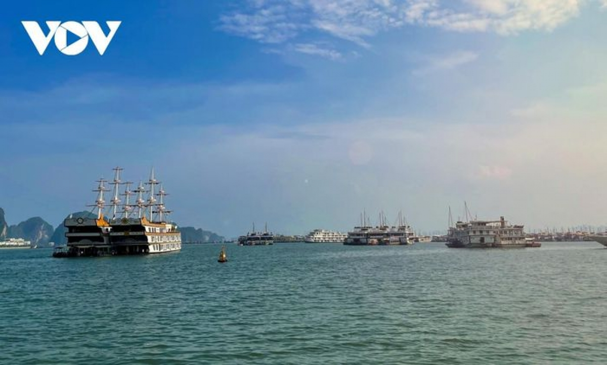 Local authorities set the goal of attracting two million arrivals in the fourth quarter of this year, earning between VND4 trillion and 4.5 trillion from the tourism sector in the process.