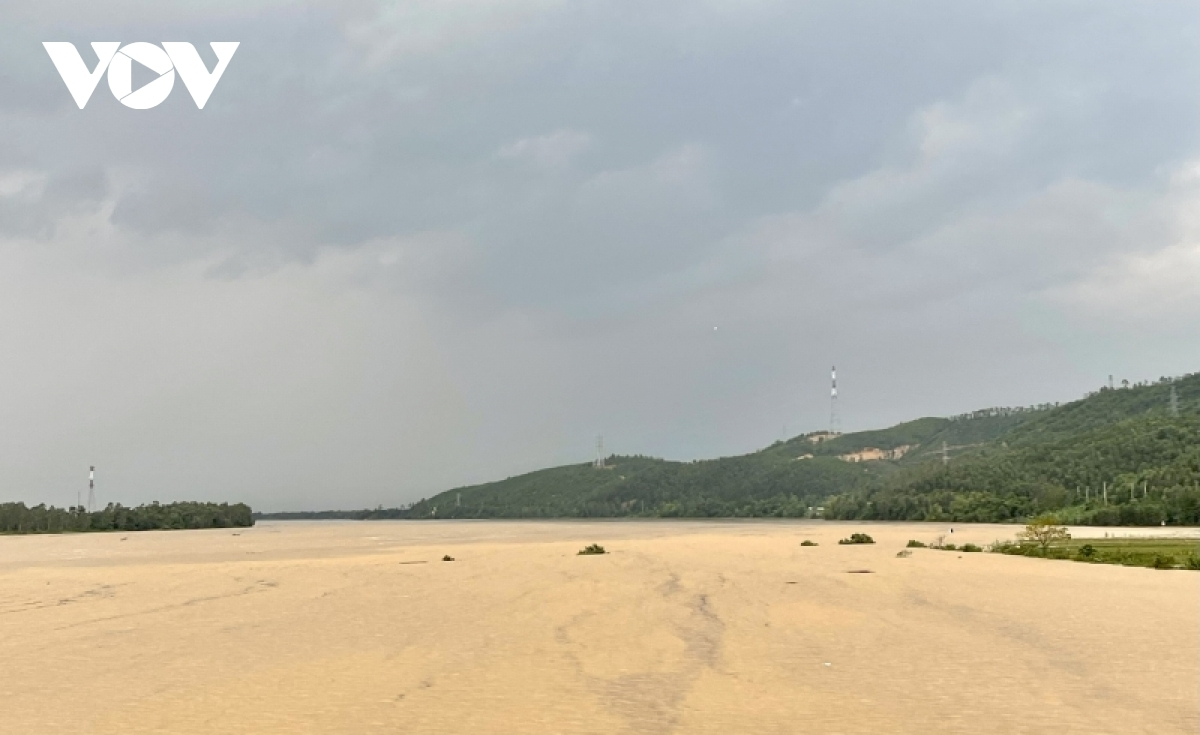 Prolonged torrential rain leaves many houses and crops submerged. Local authorities are evacuating residents from low-lying areas before Lionrock makes landfall due on October 11.