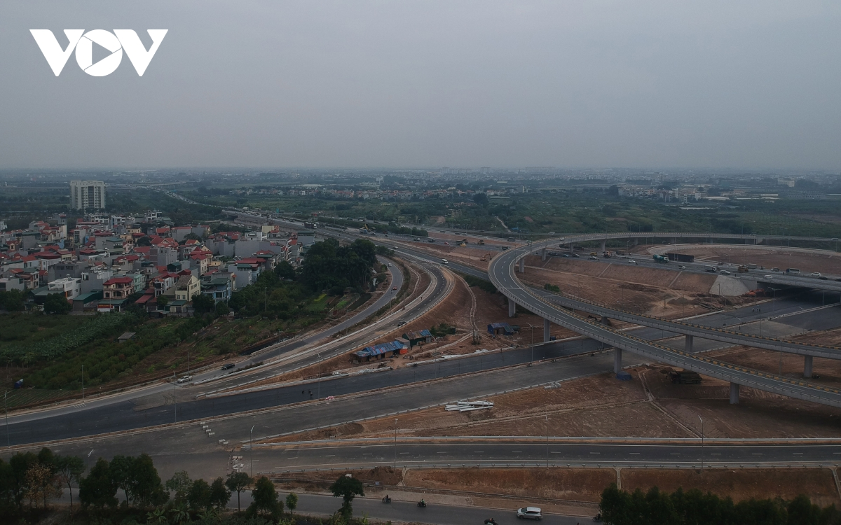 Dự án đầu tư xây dựng nút giao đường vành đai 3 với đường cao tốc Hà Nội - Hải Phòng có chiều dài 1,5 km kết nối với đường Cổ Linh cũng là một công trình mang lại diện mạo mới cho giao thông Thủ đô năm 2020.