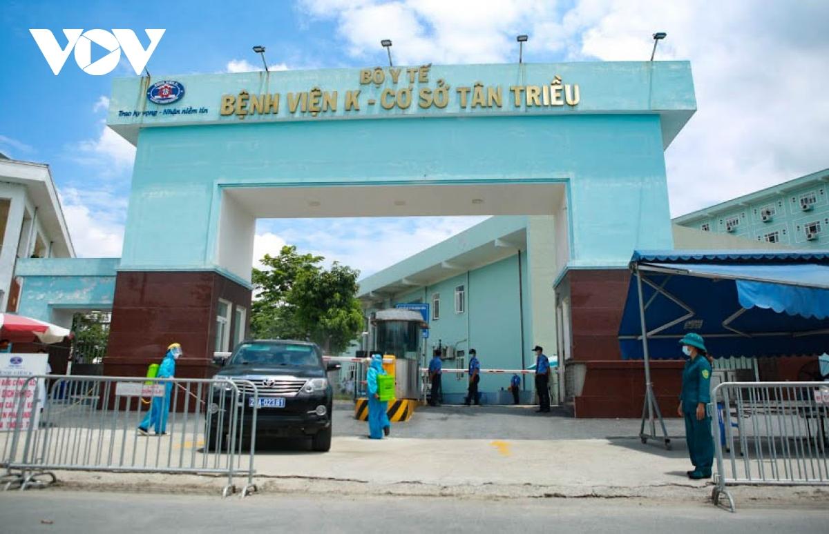Hình ảnh dỡ bỏ phong tỏa bệnh viện K cơ sở Tân Triều - ảnh 11
