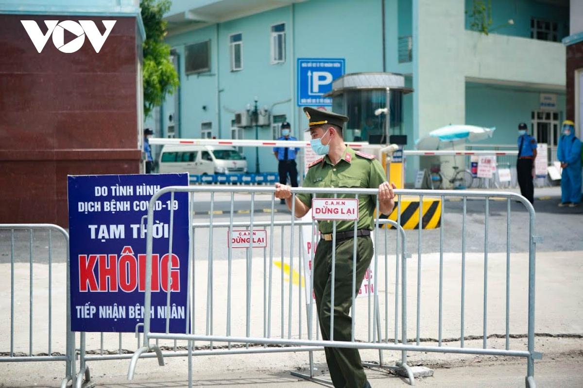 Hình ảnh dỡ bỏ phong tỏa bệnh viện K cơ sở Tân Triều - ảnh 8