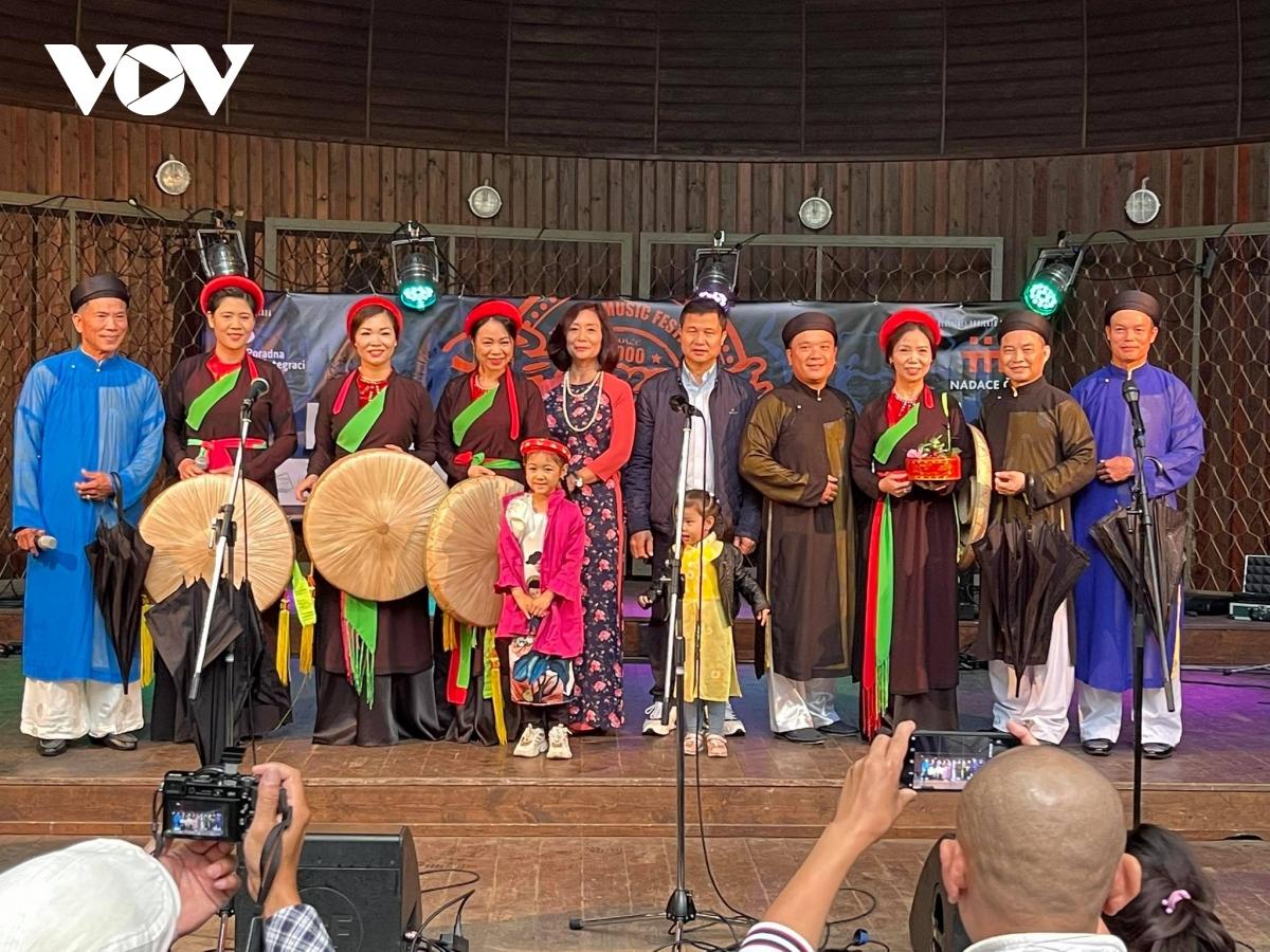 """Ấn tượng Việt Nam tại """"Lễ hội hành tinh màu 2021"""" ở CH Séc - 1"""