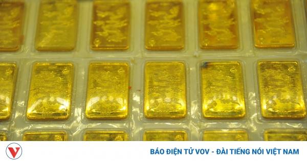 Giá vàng tiếp tục giảm để lấy đà trước đợt tăng mới | VOV.VN