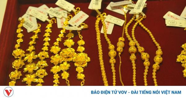 Giá vàng thế giới giảm hơn 1 triệu đồng/lượng, vàng trong nước tăng nhẹ   VOV.VN