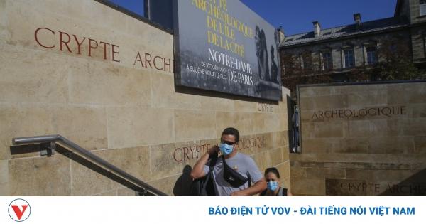 Nhà thờ Notre Dame Paris đón khách trở lại sau 17 tháng đóng cửa | VOV.VN