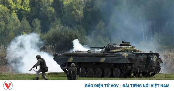 Ukraine và NATO chuẩn bị tập trận chỉ huy chiến lược | VOV.VN
