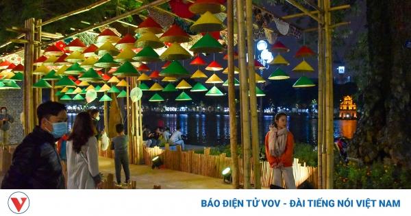 Hà Nội sẽ có thêm nhiều lễ hội, phố đi bộ để thu hút khách | VOV.VN