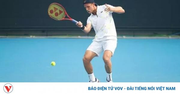 Tay vợt mắc Covid-19 vẫn ra sân thi đấu, Australian Open 2021 đứng trước nguy cơ bị hủy  | VOV.VN