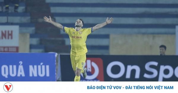 Toàn cảnh Nam Định 3-0 Hà Nội FC: Kết quả không tưởng tại Thiên Trường | VOV.VN