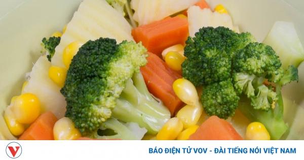 Mẹo đơn giản giúp bạn giảm khẩu phần ăn và giảm cân | VOV.VN